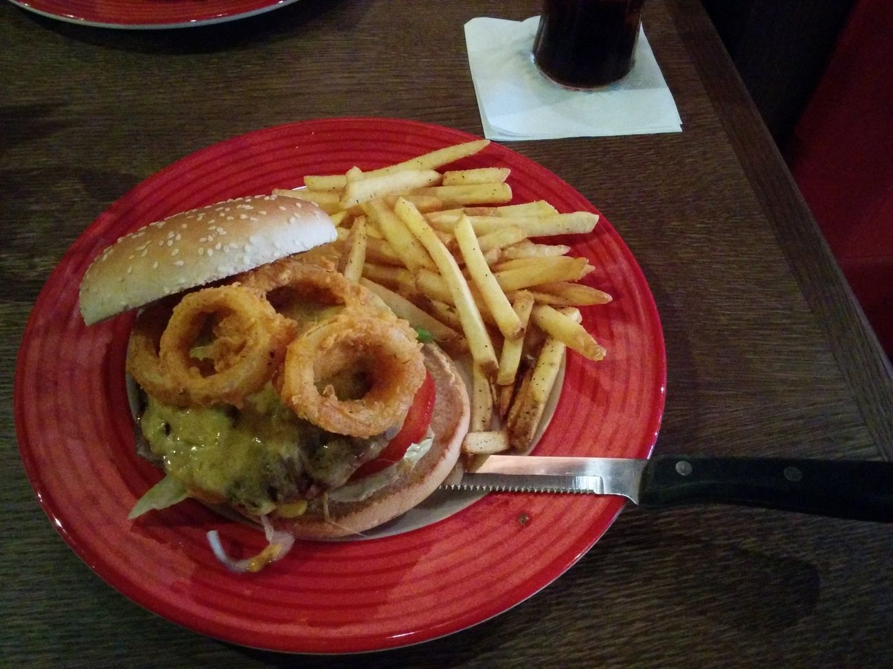 Burger essen im Friday's in Prag o.O At TGI Friday's Burger