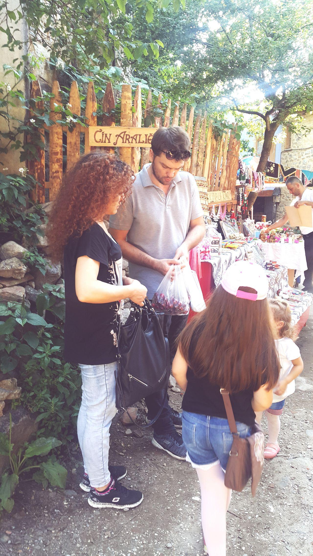 Anıyakala Togetherness Tree Lovecity  Lovecity  Style Exterior ı Love My City Kızlar Quality Madamin Köyde Sale EyeEm Gallery Alışveriş Adult Nice Cuma Cumalıkızık Cin Aralığı