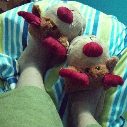 Sick Fever Lazyingaround Reindeerhouseholdslippers ardene !