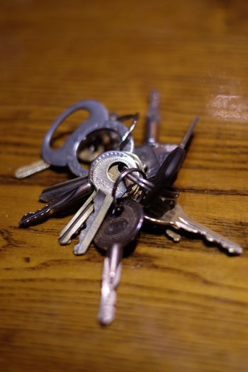 Key Photography Keys Close-up Indoors  No People Selective Focus Table Wood - Material