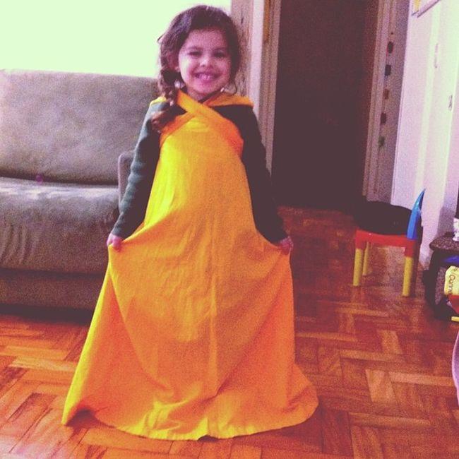 Criando moda com a saia da mamãe :) Luísaramos