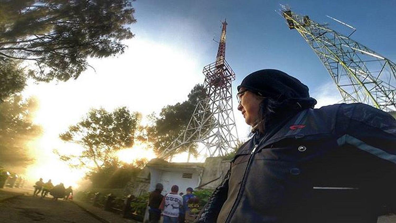 Even in theDarkest HourGod's way isthereto Light yourPath Light Sunrise Mountain Volcano Bromo Contin Komine Val  2016 Gopro Gopro3plus Goproblackedition Goproeverything Goprooftheday Goprohero3 Gopro_moment Val  2016 😚