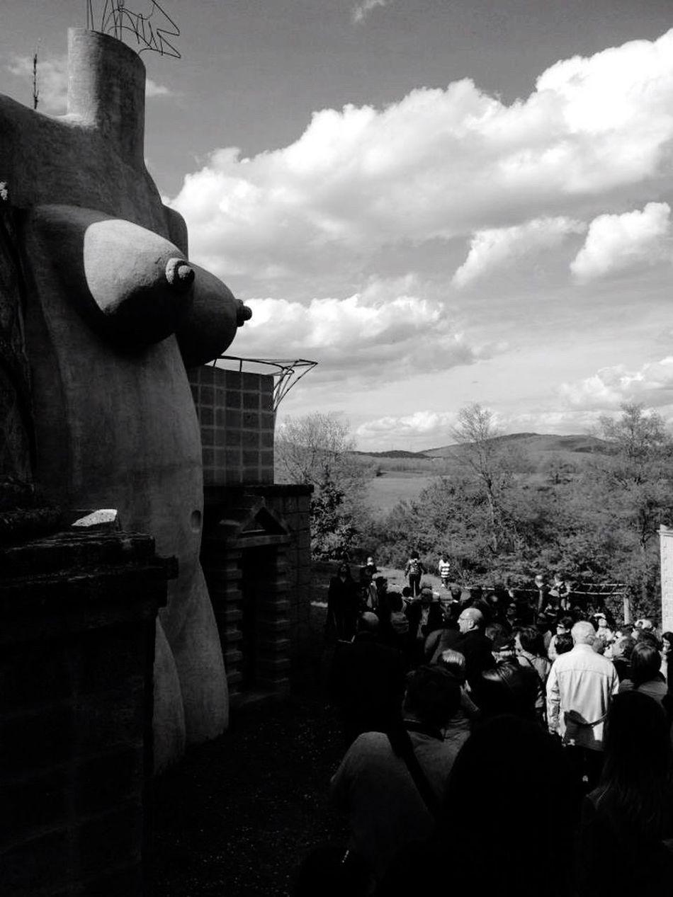 QVHoughPhoto Lascarzuola Italy Umbria Montegabbione Terni FrancisOfAssissi Blackandwhite IPhoneography IPhone4s Outdoors Statue
