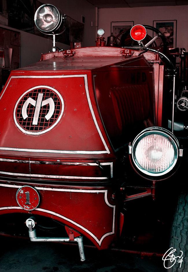 1000 GPM: 1927 Mack Pumper Closeup Vintage Firetruck Firefighter Truck Trucks