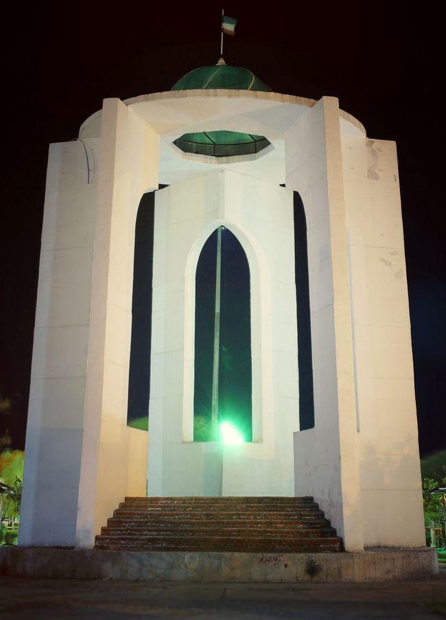 Park fadak- Tomb of Unknown Martyrs Tomb Unknown Martyrs Martyrs Park Fadak City Bonab Taslimi Canon 700D