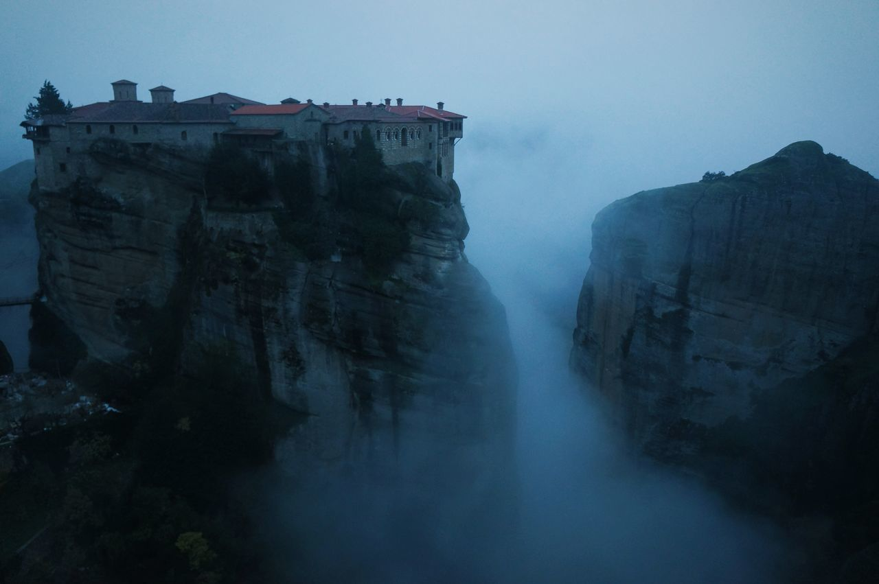 waterfall, nature, fog, no people, cliff, outdoors, mountain, water, scenics, day, beauty in nature, sky