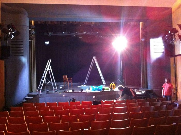 #theatre On Stage