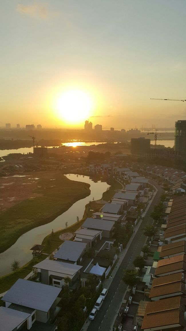 Johor Bahru Orangesun Beautiful View Beautifulview Beauty In Nature From My Point Of View Malaysia JohorAwesome Beautiful Day Beautiful Nature Good Morning Brightsun Bright Sun_collection Sunrise Sunlight Johor Bahru Sky Johor Johorbahru