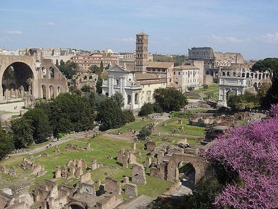 Roma Rome Romestatue Romanstatue Rome Italy Roman Ruins Roman Architecture Romalandscape Roman Romancity