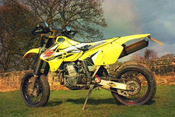 Drz400 by tonie wright