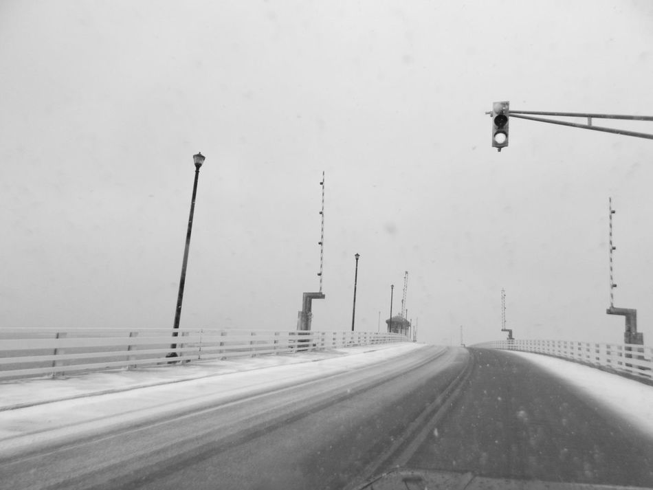 snowy ride home Streamzoofamily Taking Photos Check This Out Enjoying Life Noedit Natures B&w Winter EyeEm Best Shots Eye4photography  Tadaa Community 100percentmine Best Time Of The Year Monochrome