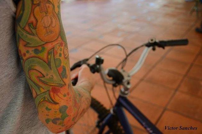 Banda Tattoo Bicycle Ufms Around