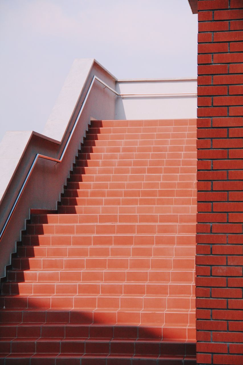 staircase, steps and staircases, architecture, steps, built structure, stairs, no people, day, outdoors
