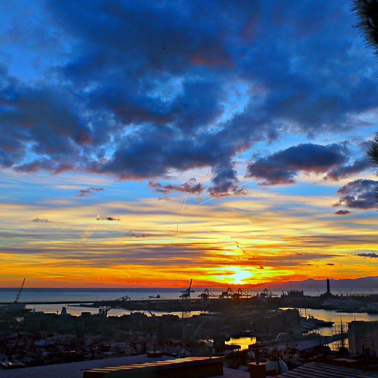 Sunset Italy Enjoying The Sun Italia Tramonto Sun_collection Lanterna