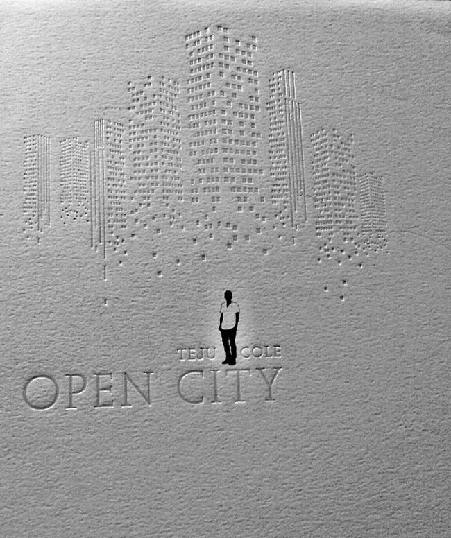 open city 城市敞開了大門,任何人都能來去自如,我在城市中漫步,卻不知道該在何處停留…… Read A Book 文青 文字故事 Open City