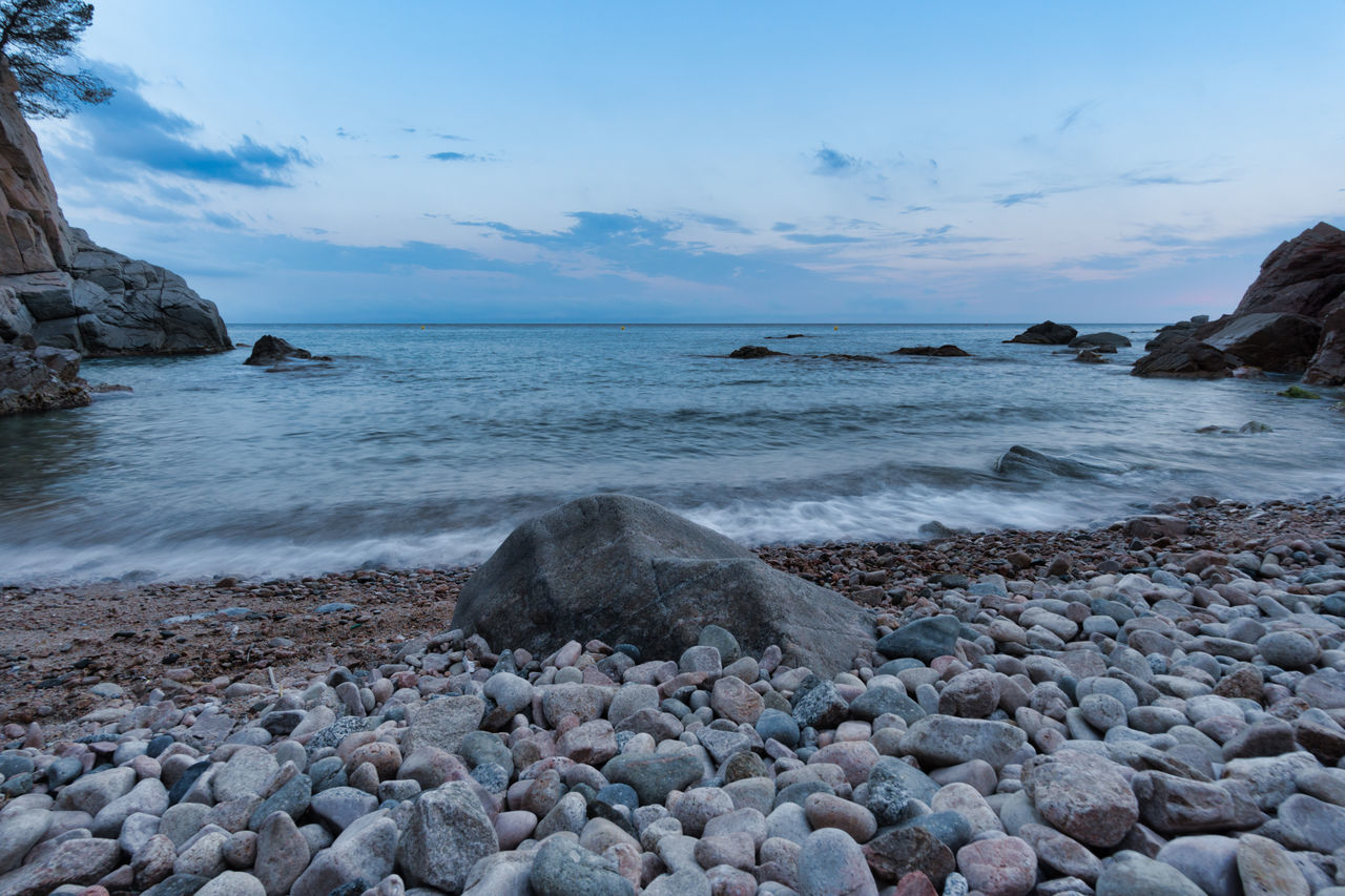 Beach Beauty In Nature Day Horizon Over Water Long Exposure Nature No People Outdoors Pebble Pebble Beach Rock - Object Scenics Sea Shore Sky Tranquil Scene Tranquility Walimex 12mm Water