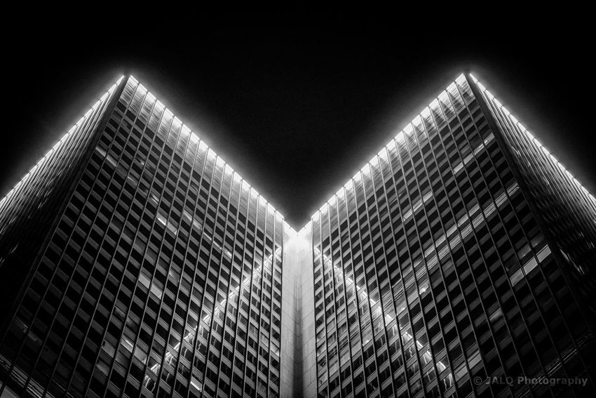 XVM - Place Ville Marie Building The Graphic City Reflection Montreal, Canada Montréal Blackandwhite Architecture Architecture Low Angle View Built Structure Modern Building Exterior Illuminated Skyscraper No People City Clear Sky Outdoors Colour Your Horizn