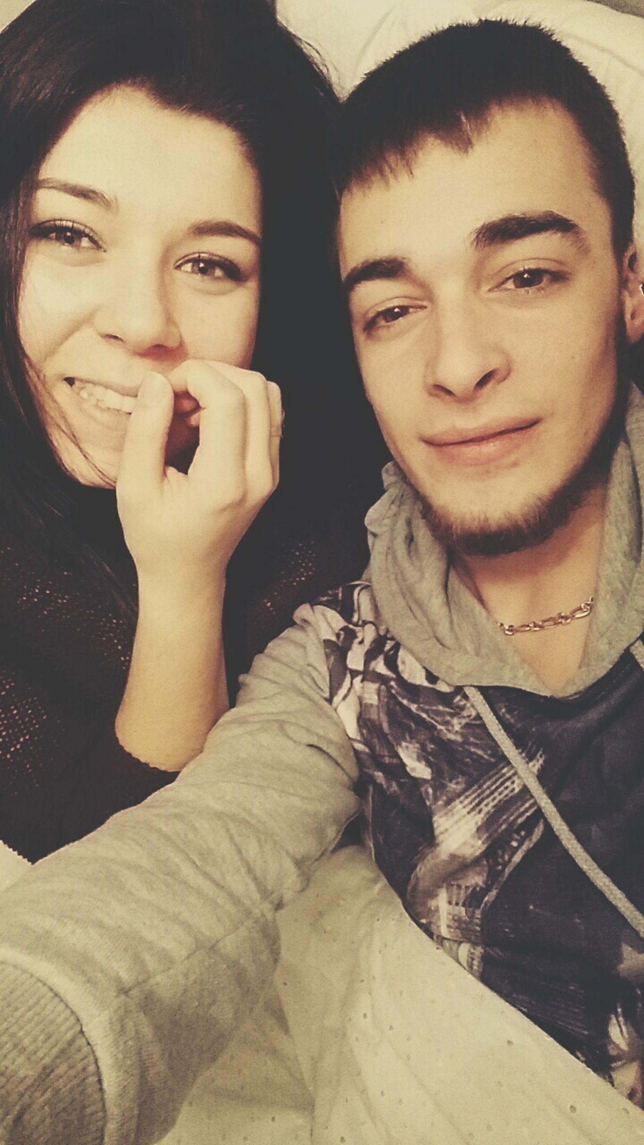 Elle la seule. Ma chérie la seule 😍💞💝❤👌 Amoureuse ♥ Seelfie De Couple Coupleselfie Heureux Bonheur ♥ Happy :) First Eyeem Photo Parfaits