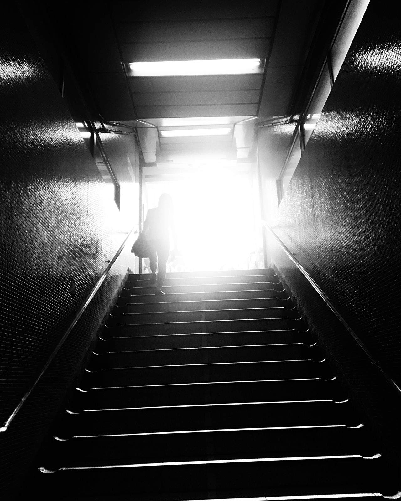 Finding the way out for their life in this city is never a easy task for many people. What is their hope? Hongkong Photos Black & White Hongkongstreet Dailylife First Eyeem Photo