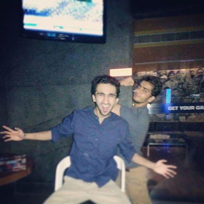 To all the craziness! x Laughback 18thBirthday Underdoggs Vasantkunj DelhiGram Sodelhi Booze Ciao
