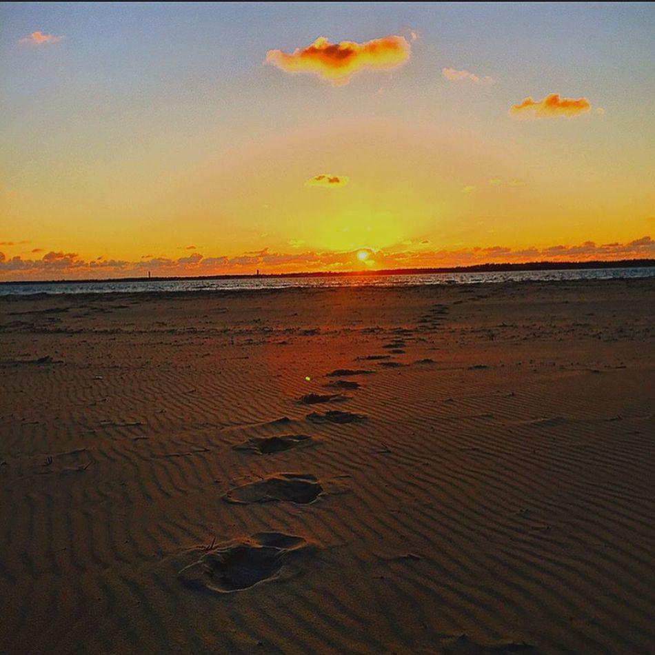 Being A Beach Bum Enjoying The Sun Followme Hello World Arcachon Sunset #sun #clouds #skylovers #sky #nature #beautifulinnature #naturalbeauty #photography #landscape Sunshine Sunset Relaxing Sunset And Clouds
