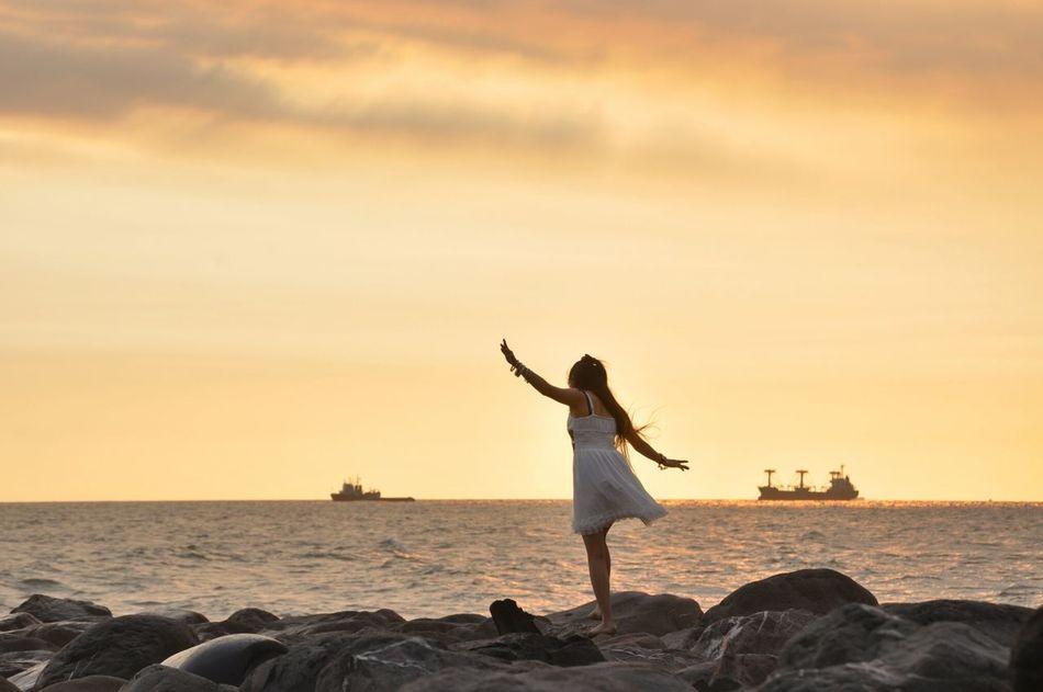 I believe i can fly.... Relaxing Enjoying Life Travel Photography Colouryourworld Holiday Sunset