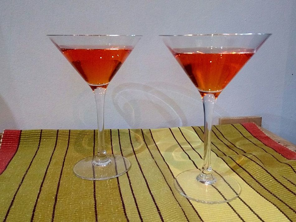 Alcohol Cocktail Wine Drinking Glass Drink Wineglass Refreshment Martini Glass Martini Indoors  No People Nightlife Spritz Happy To Celebrate Appetizer