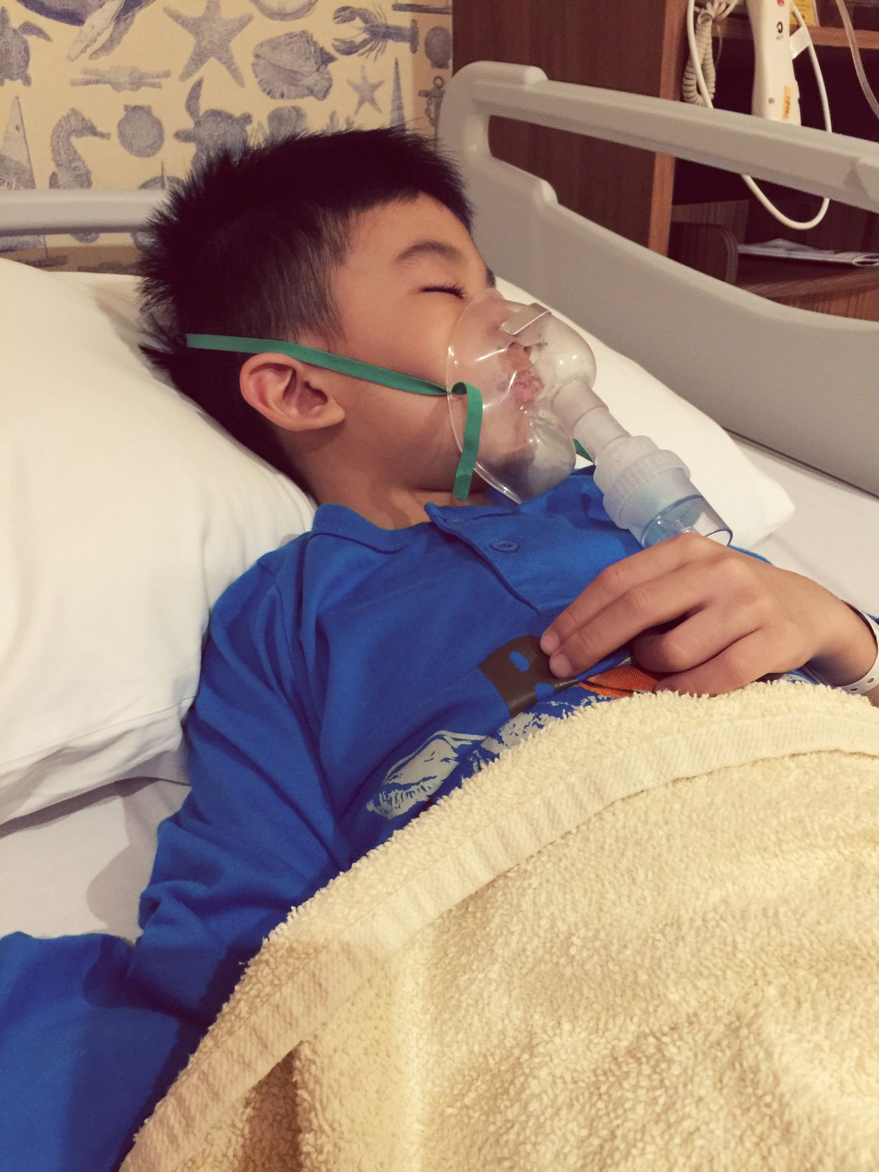 Sick day 😷 Healthcare And Medicine Childhood Bed Lying Down Nebulizer At The Hospital Hospital Ward Sick Day Sick Child Sick Child