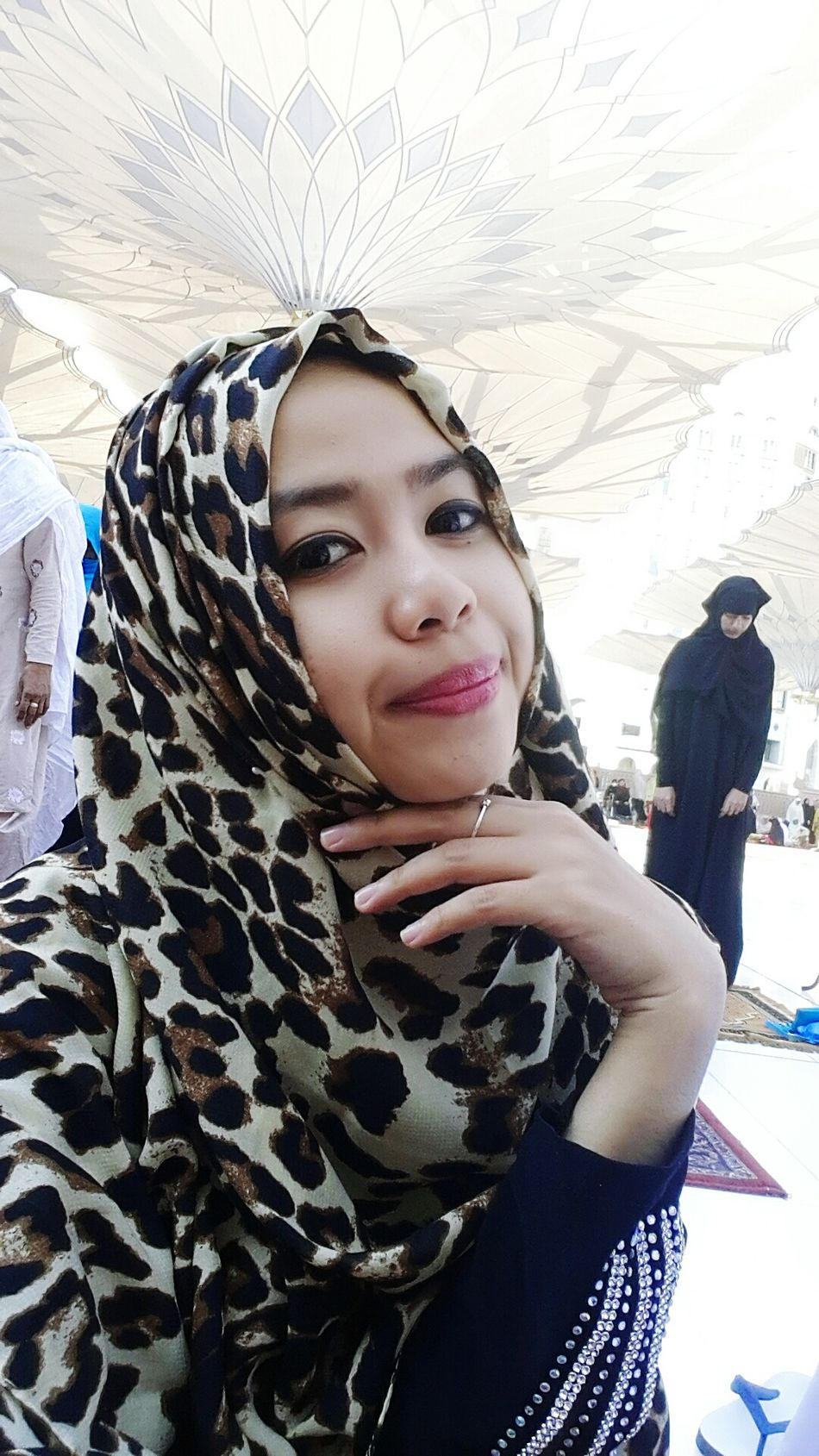 Assalammualaikum ukhti Hijabstyle  My Journey  Taking Photos
