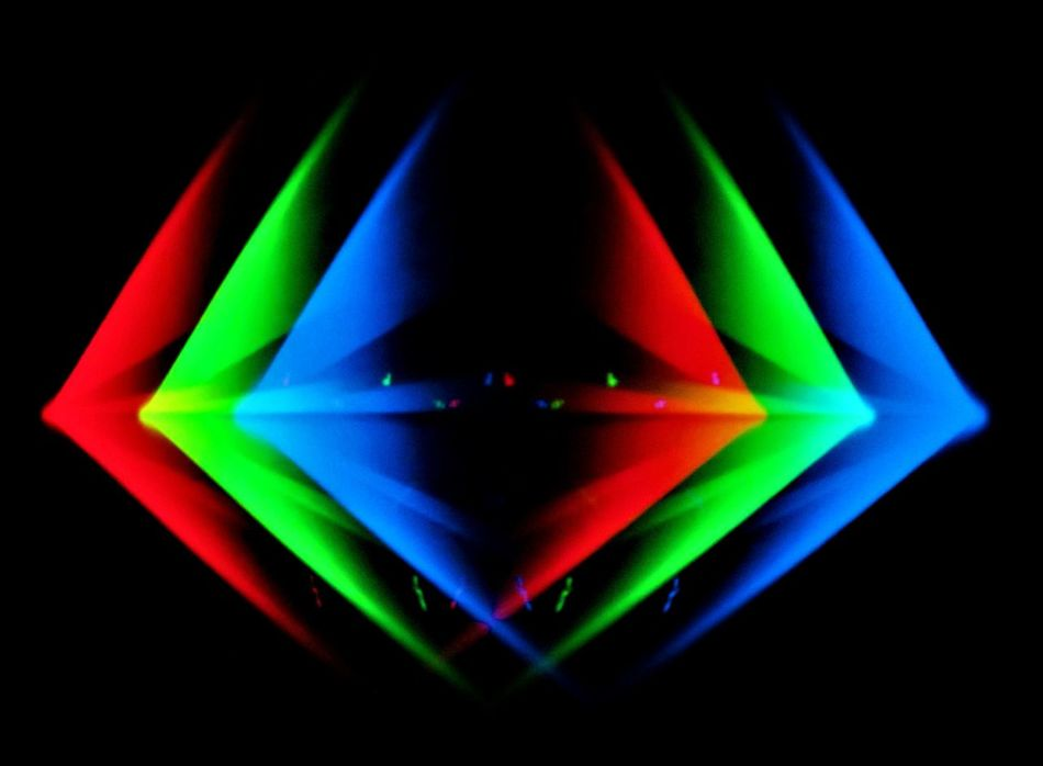 Ulrich Schnauss @ CCA (Visuals by Nat Urazmetova) - Glasgow 22/03/2017 Abstract Ambient Backgrounds Beauty Berlin Black Background Cca Concert Downtempo Electronic German Gig Glasgow  Idm Live Multi Colored Naturazmetova No People Producer Red Refraction Shiny Tangerinedream Ulrichschnauss Visuals