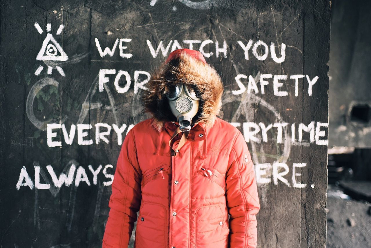 Vscocam Portrait Gas Mask Gasmask Gasmaskonface The Portraitist - 2015 EyeEm Awards