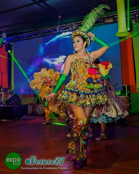 Feliz em dançar Lá Morenada de Bolívia para a ciudad Lresidente Franco - Paraguay :) Morenada Hello BOLIVIA ❤ Bolivian Cultura Festival Happy Hello World People Person