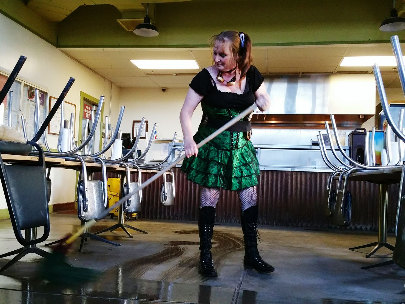 Mopping Happy People Random People Wench Boots Möp Old Tucson Studios Relaxing Green Skirt Wet Floor