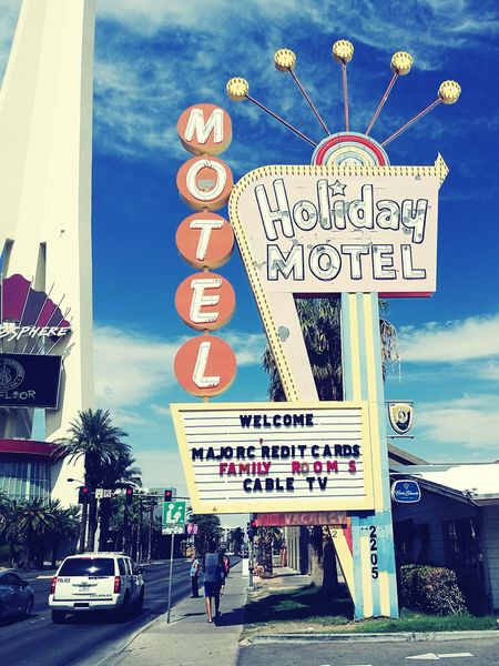 Text Car Travel Destinations Travel Communication Outdoors Day Neon Architecture Building Exterior City Sky No People Hotel Motel Motel Sign Las Vegas Vegas  Rooms Vintage Vintage Signs Architecture City Apartments Tower