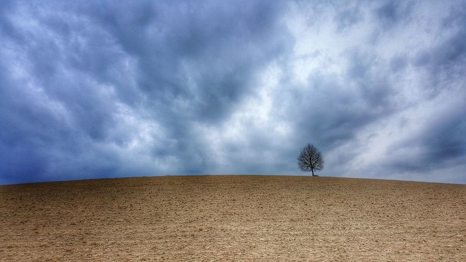Relaxing Enjoying Life Nature Beauty In Nature Outdoors No People Cloud - Sky Landscape Tranquil Scene Rural Scene Cloudy