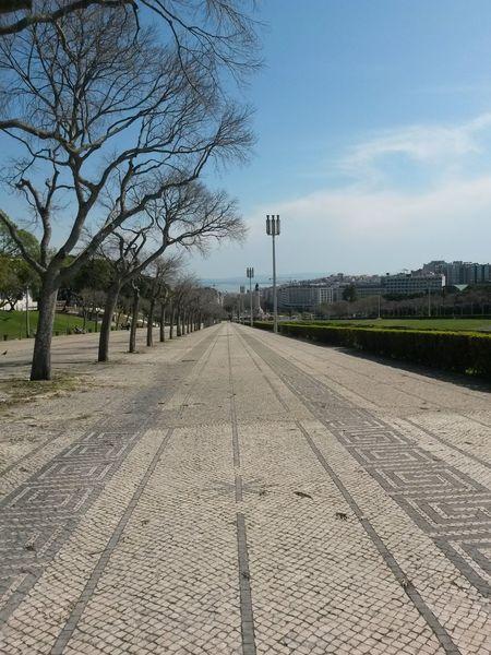 Sky The Way Forward Sunny Day 🌞 Lisboa Portugal Marquês De Pombal Cityscape