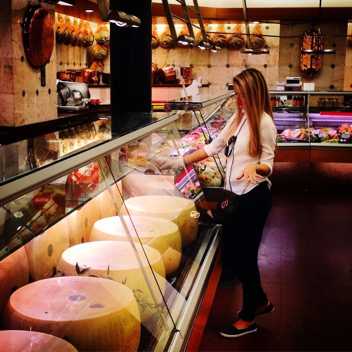 🐭💜🧀 Milano Bakery Supermarket Food And Drink Food Delicious For Breakfast Cheese Eattime Good Food Ready-to-eat City Wine Moments Like