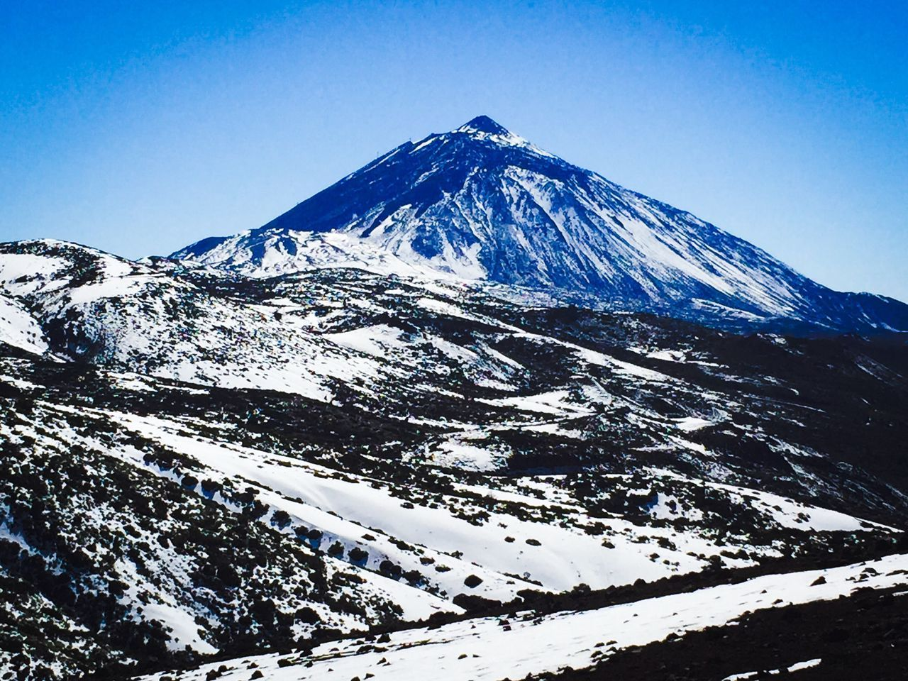 Teide Snow Blue Mountain Snowcapped Mountain Scenics Winter Cold Temperature Nature Tranquility Non-urban Scene Outdoors Idyllic Landscape Beauty In Nature Day Tranquil Scene No People Sky