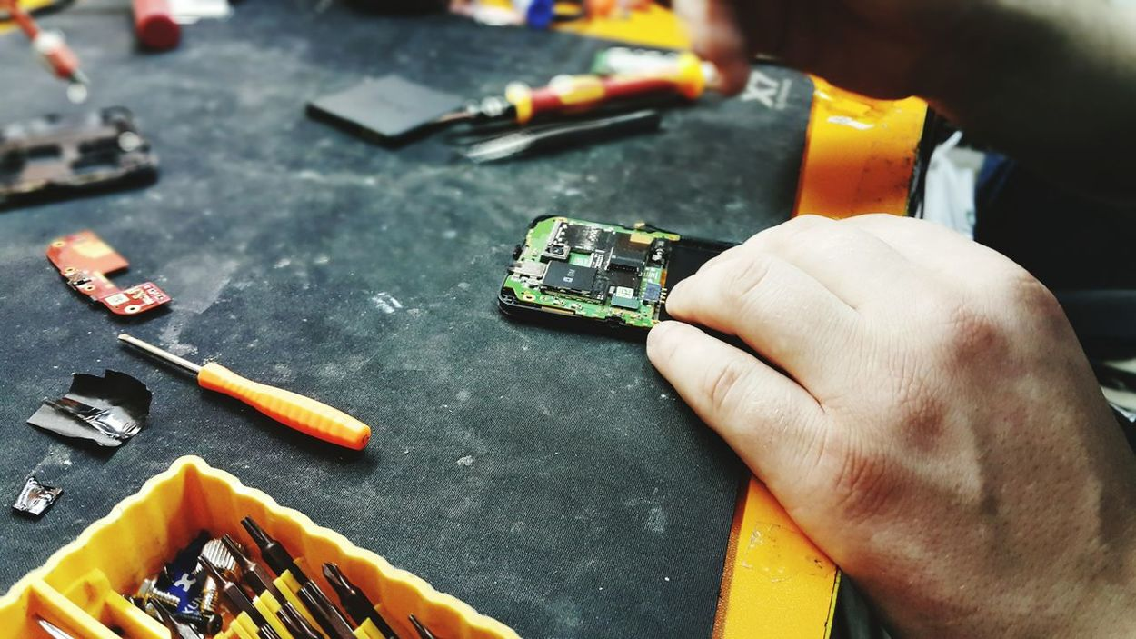 Handsatwork Hands Workspace Microchips Repairing Phone