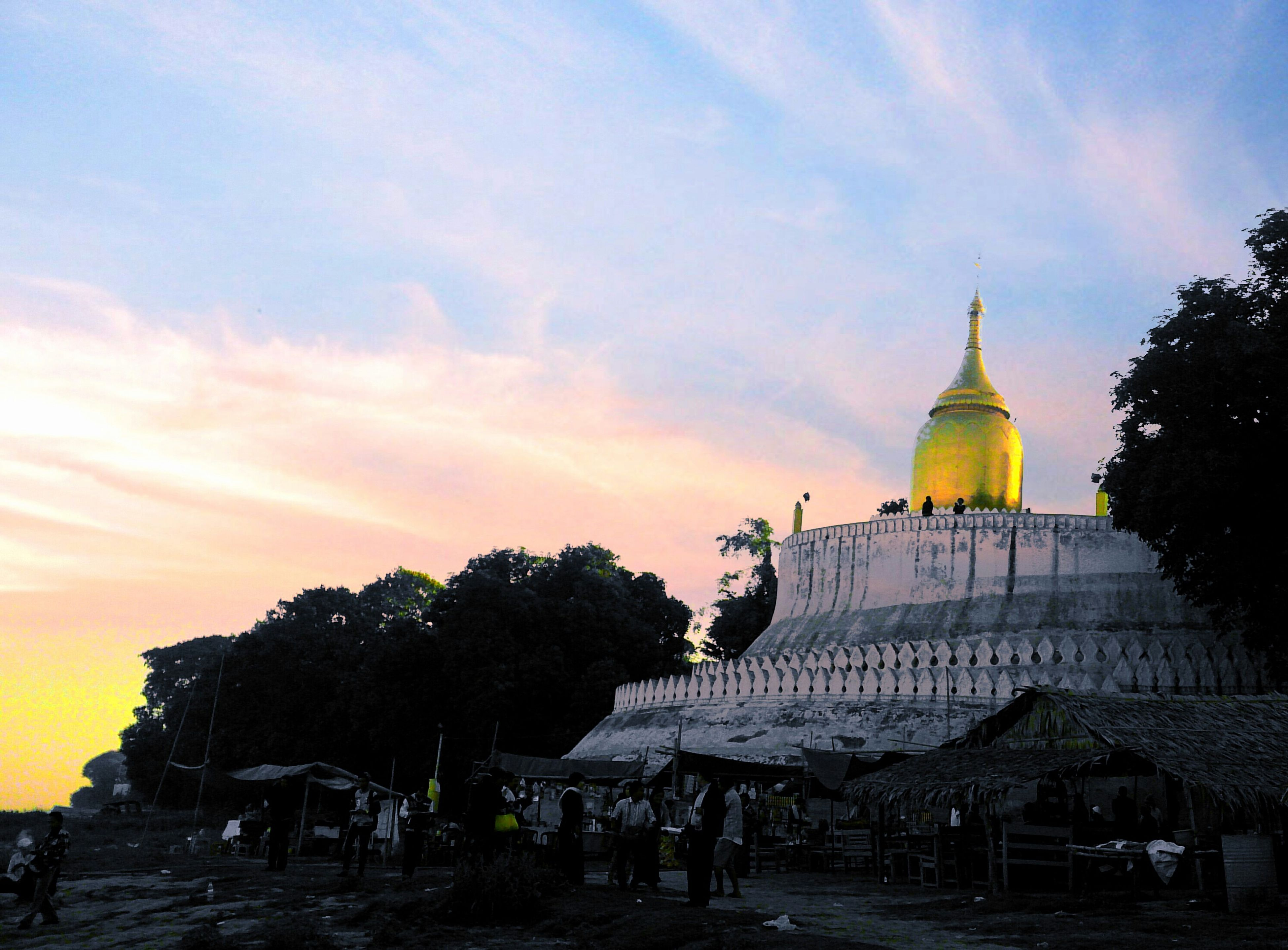 architecture, building exterior, place of worship, built structure, religion, spirituality, sky, church, dome, cloud - sky, temple - building, famous place, tree, cathedral, cloud, travel destinations, history, travel