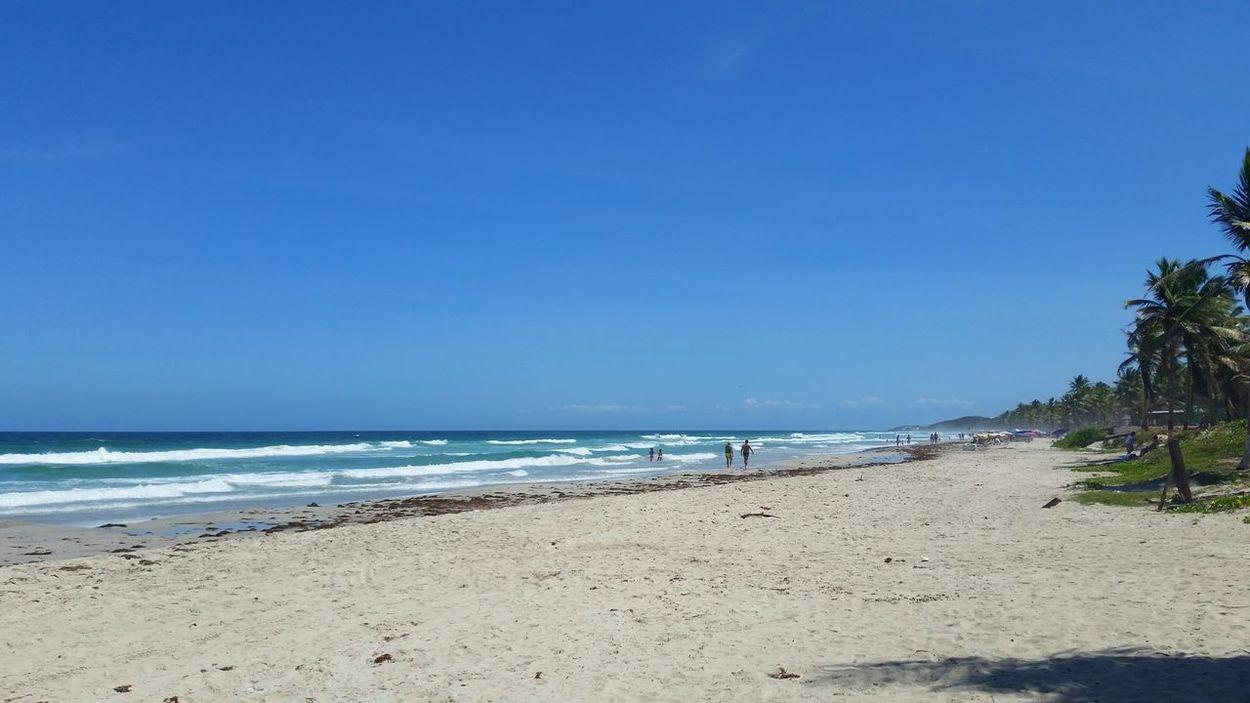 Traveling Playaelagua Caribbean Margaritaisland Enjoying Life Relaxing