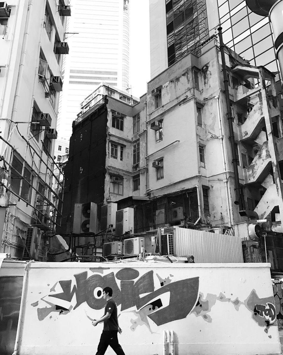 Blackandwhite Osanpo Camera | Strideby Street Art Welcome To Black