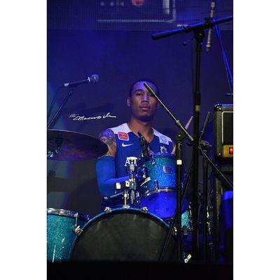 @new11new HeartStrong Ateneobonfire2014 Admu Themanansala bluefoam concert
