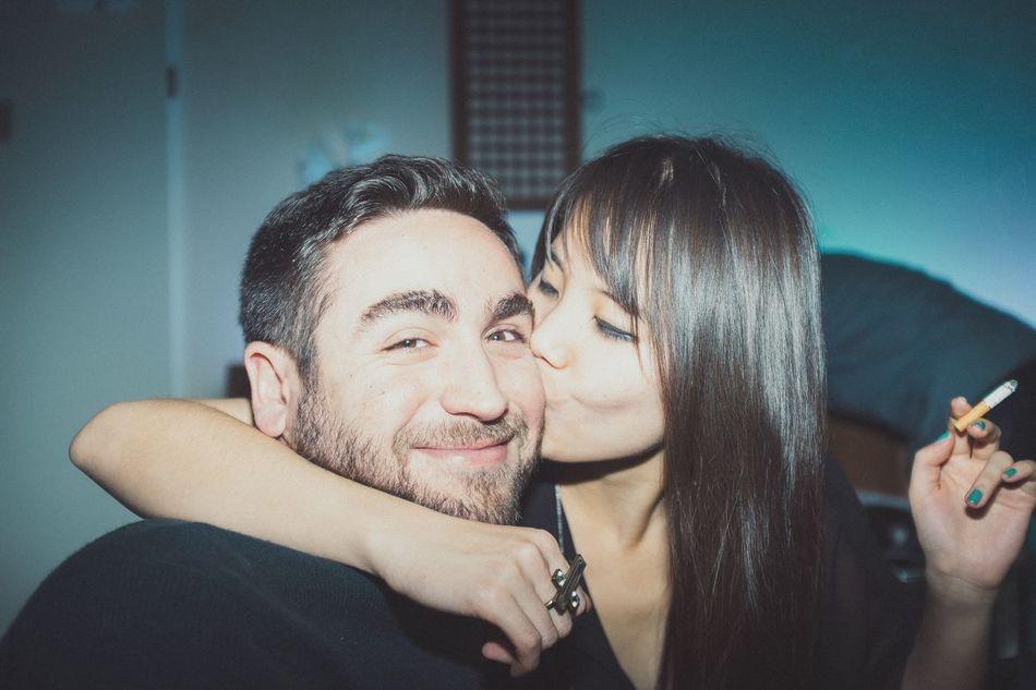 Muuaak Love Is In The Air Kiss EyeEm Best Shots - People + Portrait Man Girl Today's Hot Look Friends Fujifilm Getting Inspired Color Portrait