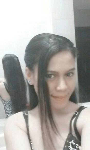 Selfie.. beauty in back@front.. Beautymess