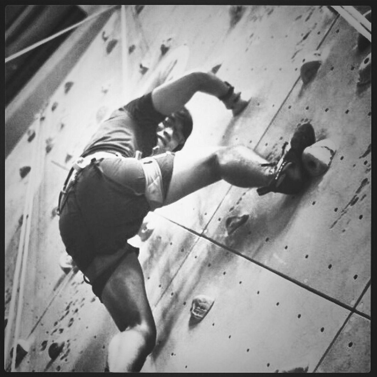 Wall Climbing at PCP Yolo KEMBARIANS