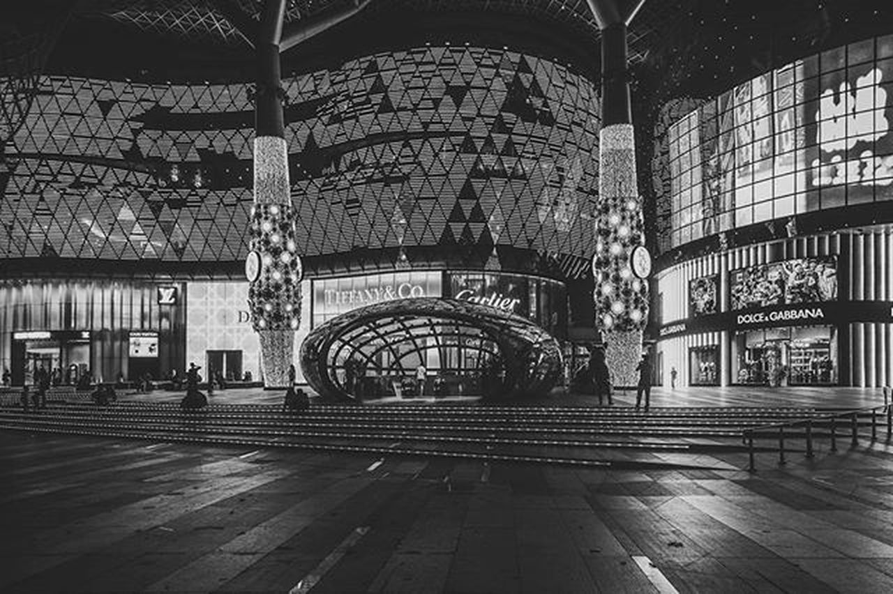 The Ion Orchard Singapore ASIA Architecture Sonyrx100iv Blackandwhitephoto Lightroom Ion Ionorchard OrchardRoad Cityscapes Architecture