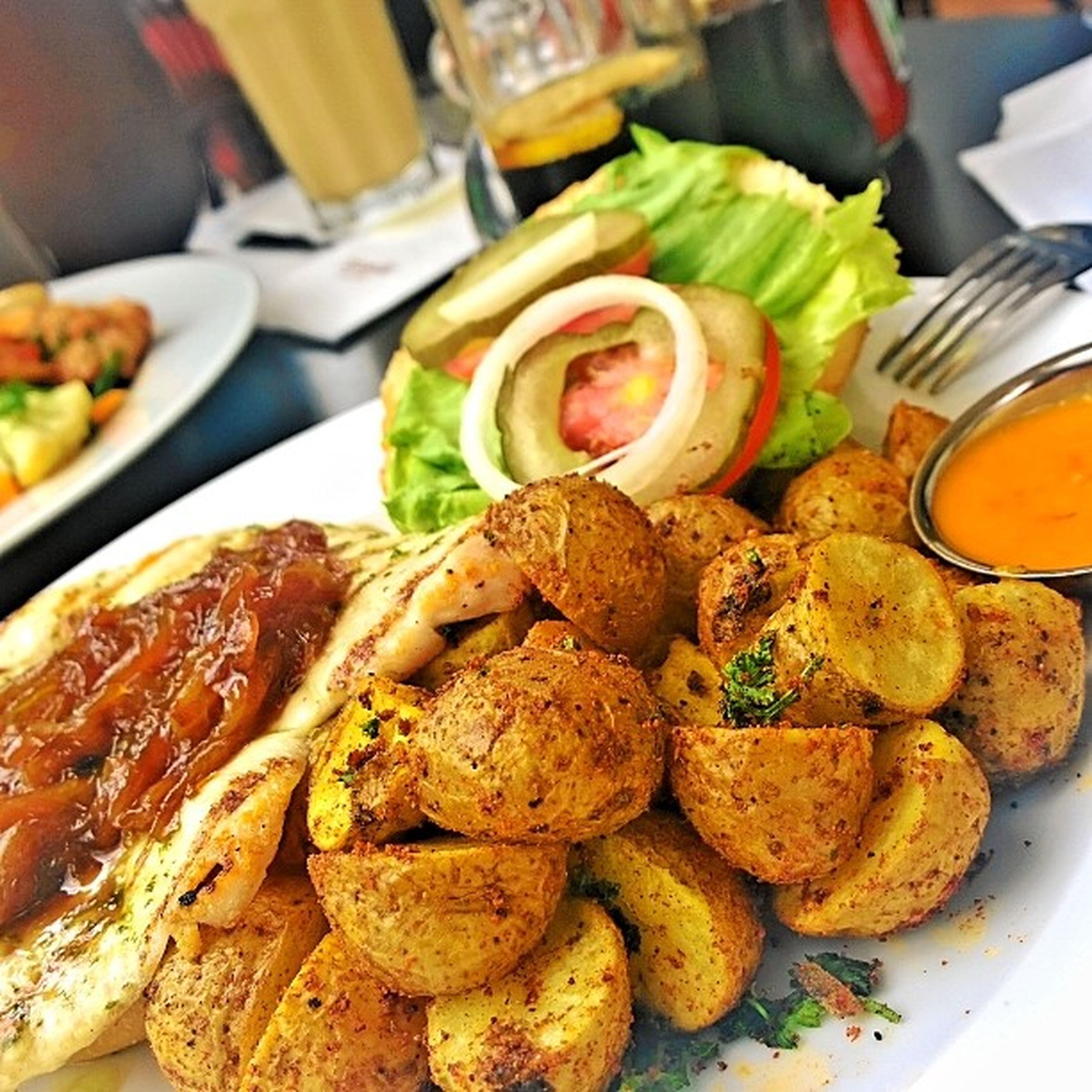 Somewhere in Nairobi Wheretheresfood Foodie BabyPotatoes lunch getyummy burger photography @eatoutkenya nokia1020 lumia1020 crisp pixels