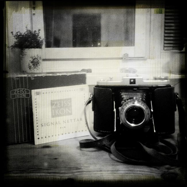 I love photography... I love the instruments.. Taking Photos Analogue Photography Film Photography Blackandwhite