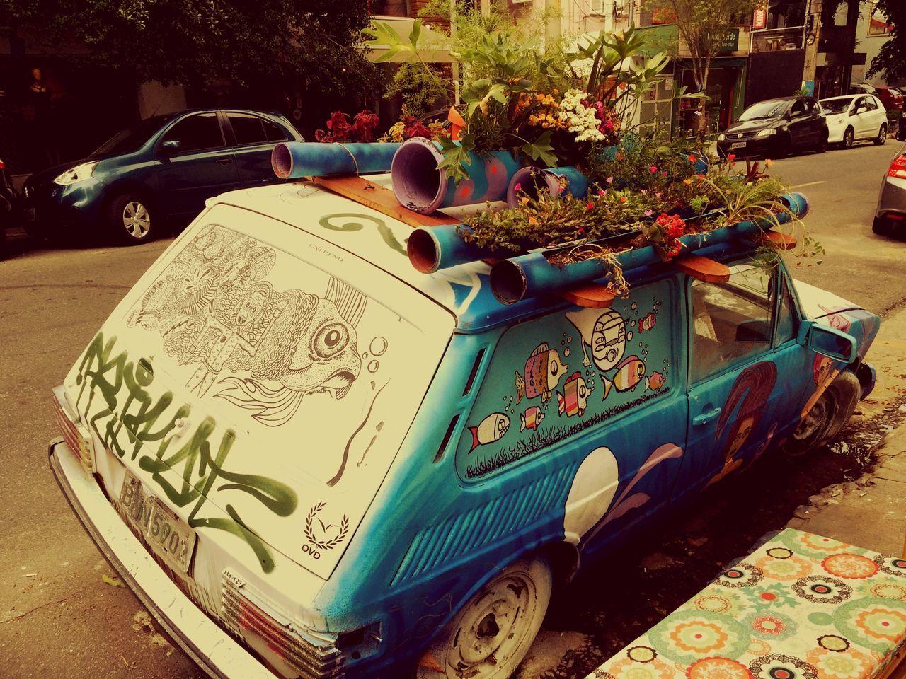 Vila Madalena São Paulo, Brasil Say Hello The Best Car Ever Walking Around Taking Photos Neighborhood It's Friday Tree Car